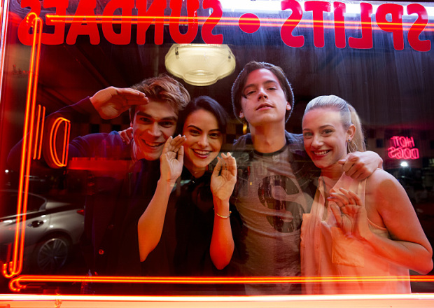 Riverdale has resumed the shooting for its Season 5